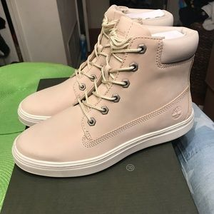 NEW Timberland Women's Londyn 6 Inch Boots Beige NWT